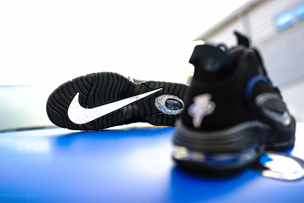 nike-air-penny-i-1-black-game-royal-05