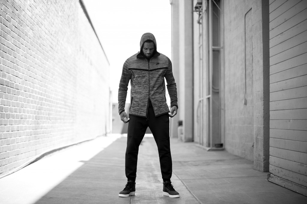LeBron James pour la collection Nike Tech Knit