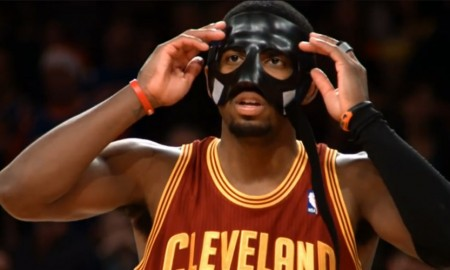 Kyrie Irving Masque