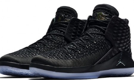 Air Jordan 32 Black Cat