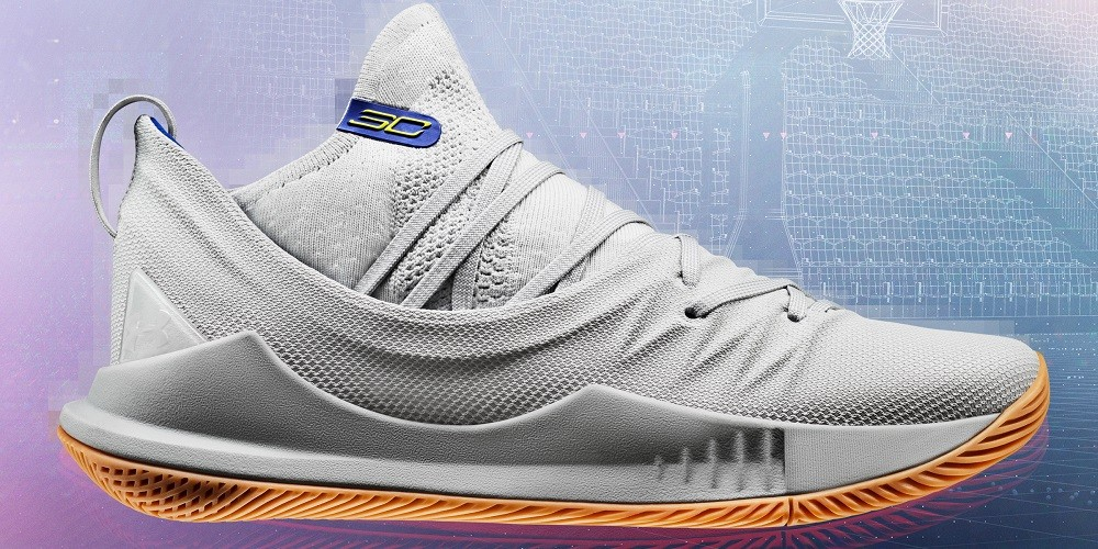 Curry5_GreyGum_Lateral