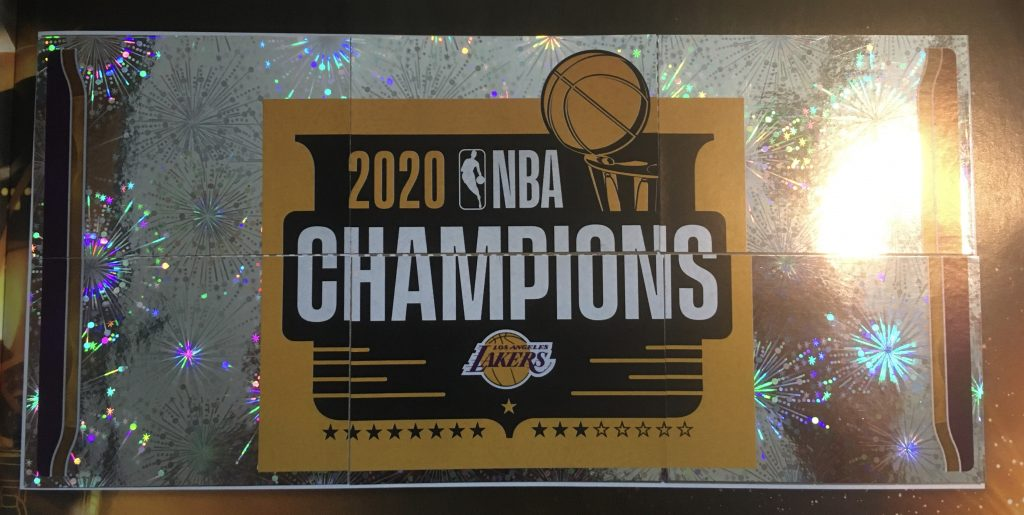 Finales Panini NBA 2020-21 stickers et trading cards